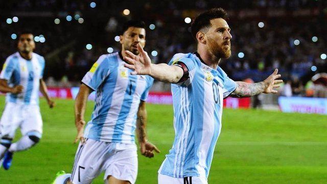 Habría acuerdo para que la Argentina enfrente a Italia en un amistoso