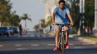 Desde este domingo la Costanera Oeste se disfruta en bici o caminando