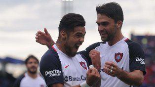 San Lorenzo se trepó a lo más alto de la Superliga