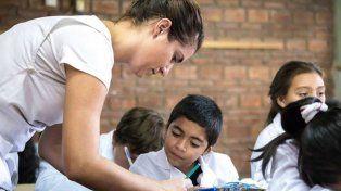 Envían a la Legislatura el proyecto para la nueva ley de educación provincial