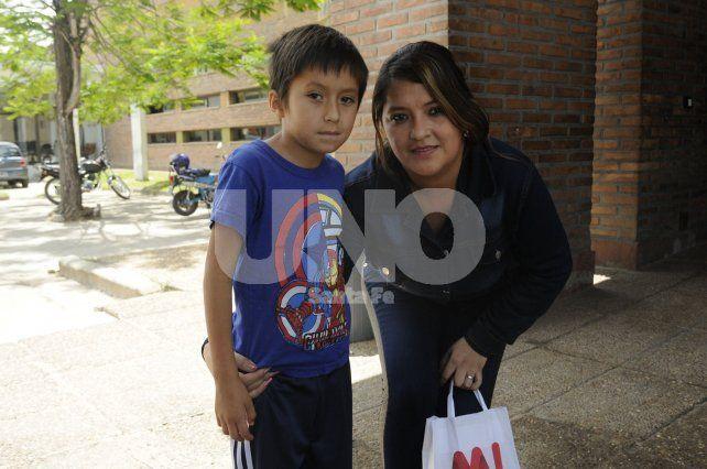 Conocé a Iñaki, el nene que se recuperó milagrosamente de una picadura de alacrán