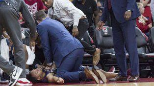 Imágenes fuertes: un basquetbolista sufrió un infarto en pleno partido
