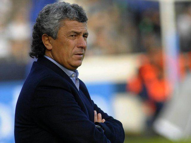 Gorosito extiende la lista de técnicos sin equipo en la Superliga