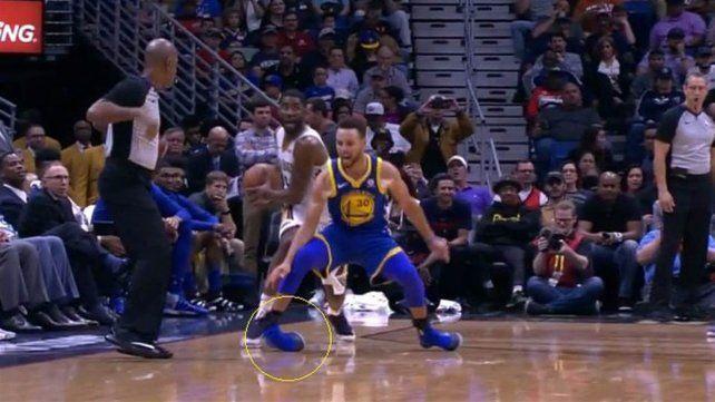 El estremecedor esguince de Stephen Curry