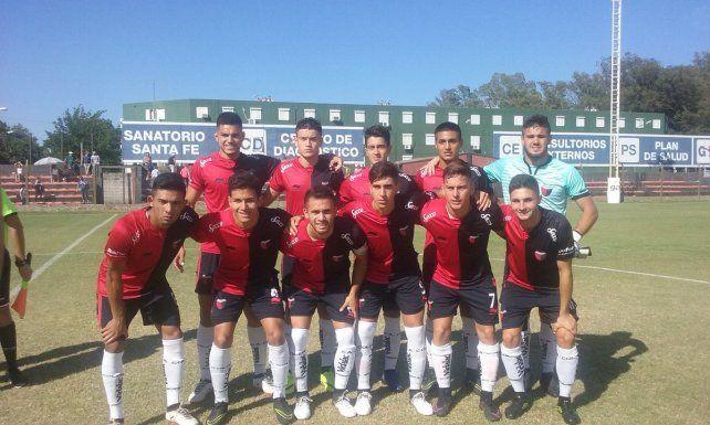 Colón perdió con Talleres y cerró un 2017 muy pobre en Reserva