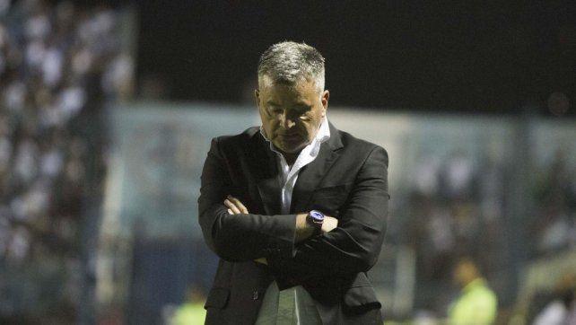Humberto Grondona dejó de ser el entrenador de Arsenal