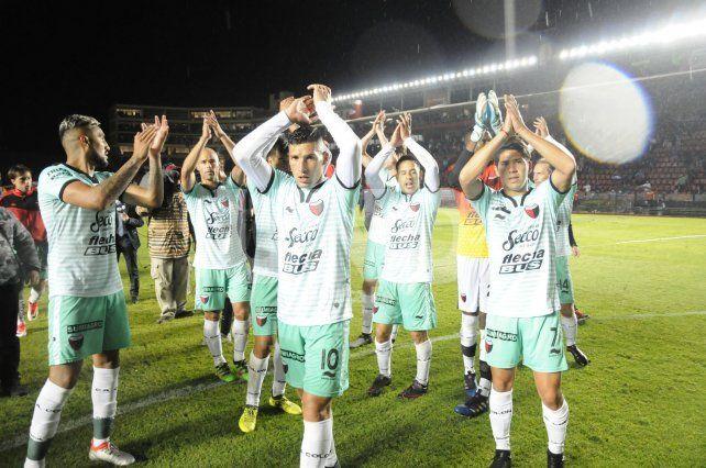 ¿Te lo vas a perder? Qué canal televisa el partido entre Colón y Talleres