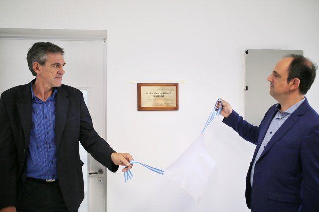 Sin muebles ni docentes: Formento preinauguró un Jardín antes de dejar la intendencia de Recreo