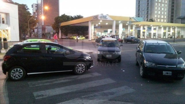 Se retringirá el servicio de taxis durante la mañana