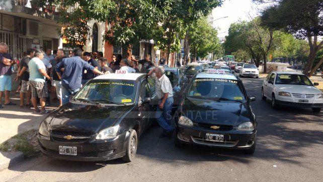Bajo la consigna Todos somos Fernando los taxistas realizarán paros sorpresivos