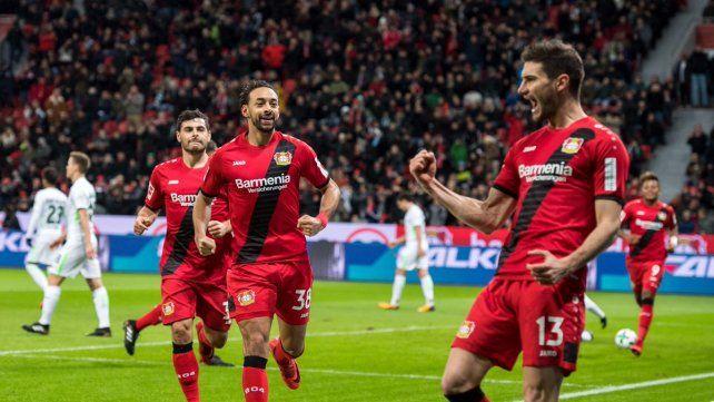 Con un gol de Alario, Leverkusen despidió el año en casa con una alegría
