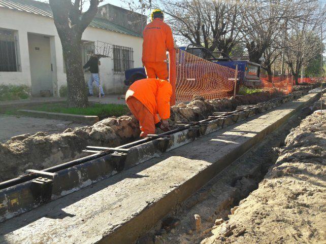 Solicitud. Parte del endeudamiento solicitado es para hacer obras de pavimentación en municipios y comunas.
