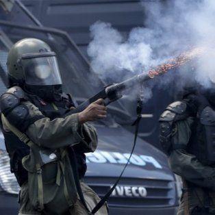 diferentes espacios politicos rechazaron la represion en el congreso