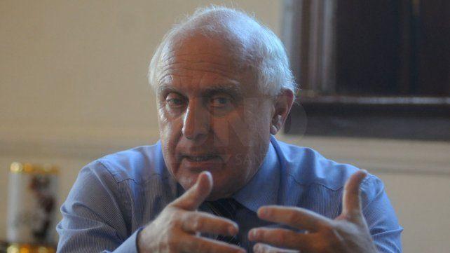 Lifschitz presentaría el proyecto de reforma de la Constitución el 1º de Mayo
