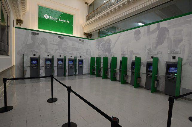 Banco Santa Fe inauguró el nuevo Lobby 24 hs en su Casa Central
