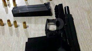Detuvieron a dos violentos tiratiros después de una balacera en barrio Santa Rosa de Lima