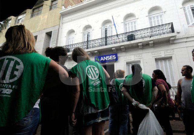 ATE desobligará a los trabajadores estatales a partir de las 9