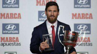 Messi recibió el premio al mejor jugador de la Liga española