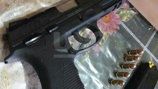 Arrestaron a un joven armado, tras un tiroteo en Barranquitas