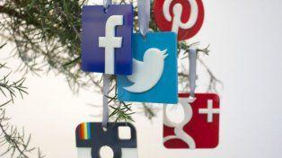 Funcionarios y políticos se imponen en las redes con sus saludos por Navidad