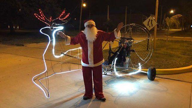 Papá Noel sobrevoló Sunchales