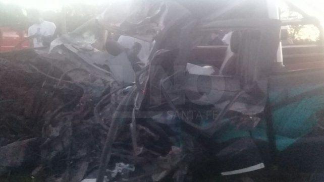 Murieron dos personas en un violento choque frontal en la ruta provincial N° 10
