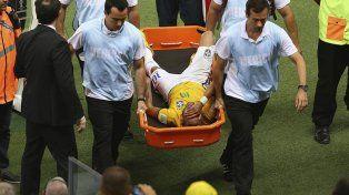 Neymar: Dos centímetros al lado y se acababa el fútbol