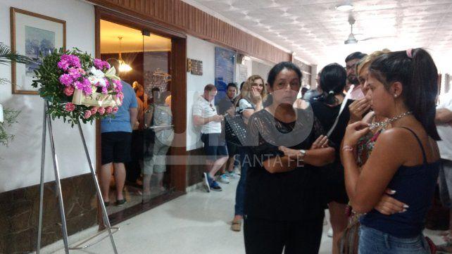 Dolor y conmoción en el velatorio de las cuatro mujeres asesinadas