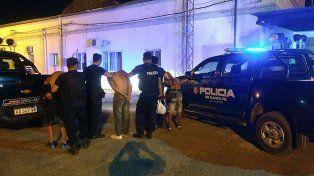 Altos del Valle: arrestaron a dos delincuentes cuando intentaban robar dos locales