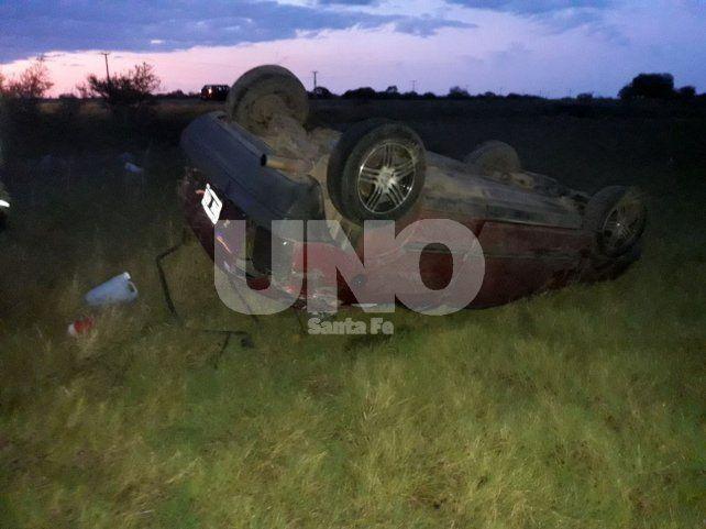 Tres heridos por el vuelco de una camioneta en San Javier