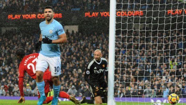 El Kun marcó el primer gol argentino del año