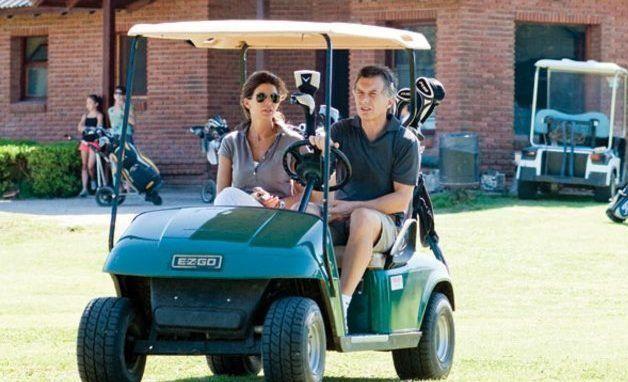 Macri mandó a comprar cuatro carritos de golf nuevos para la residencia de Olivos