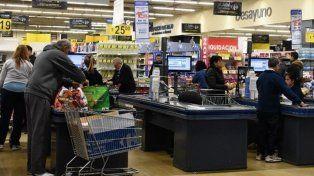 ¿Habrá cláusula gatillo para los empleados de comercio por la inflación?