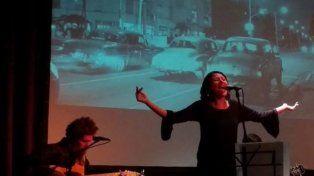 Giuranacci y Niere presentando El Bolerazo en el Foro Cultural de la UNL