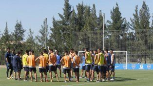 Boca, envuelto en una gran polémica, se prueba ante Aldosivi