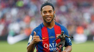 Ronaldinho citó una frase de Di Stéfano para anunciar su despedida