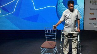 Internaron a Pelé por un cuadro de agotamiento severo