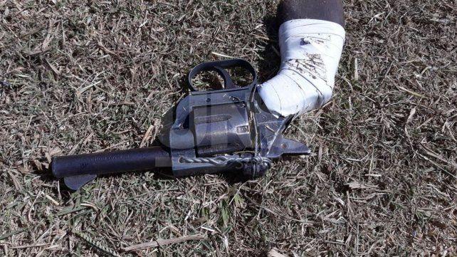 Detuvieron a un menor de 16 años y le secuestraron un arma con la que disparaba en la ruta 1