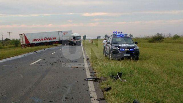 Violento choque frontal deja un automovilista muerto en la ruta nacional 11