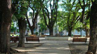 Presentan un proyecto para la puesta en valor de la plaza Pueyrredón