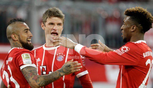 Bayern Munich goleó y se hizo casi inalcanzable