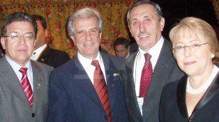 En Paraguay con mandatarios sudamericanos. Tabaré Vázquez