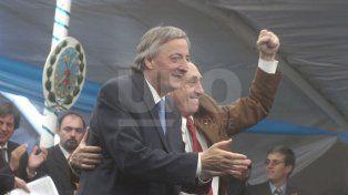 Junto a Néstor Kirchner en los primeros años de su segundo mandato como gobernador