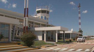 Por el paro general, suspenden todos los vuelos en el aeropuerto de Sauce Viejo