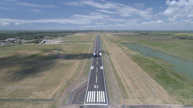 Así quedó la renovada pista del aeropuerto de Sauce Viejo.
