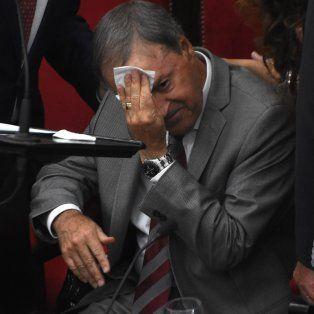 Pausa. El gobernador Juan Schiaretti suspendió por cinco minutos su discurso y luego continuó.