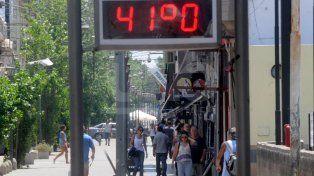 La ola de calor azotará fuerte hoy en la ciudad