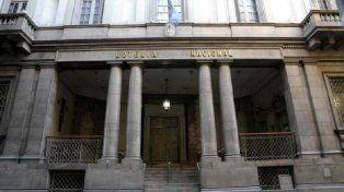 El Gobierno liquidó Lotería Nacional y redujo el directorio del Banco Nación