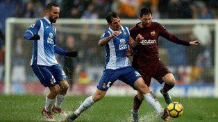 Barcelona salvó el invicto con Messi en el segundo tiempo