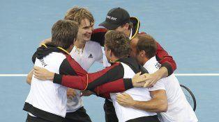 Francia y España avanzaron a cuartos de final de la Copa Davis